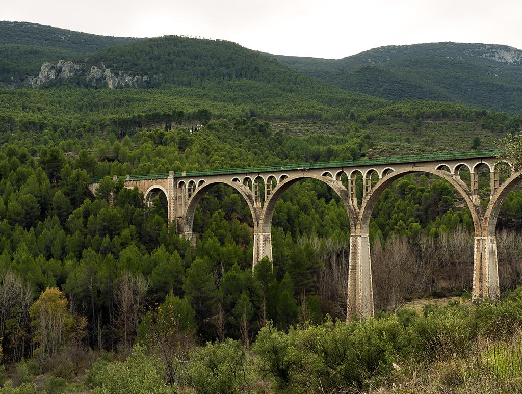 El Pont de les 7 Llunes