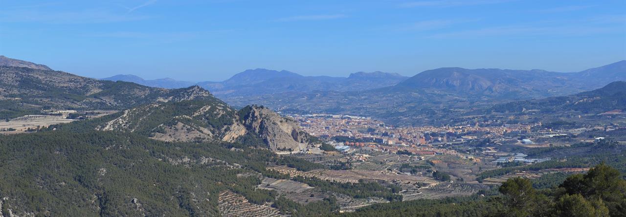 Vistas de Alcoy desde la Font Roja